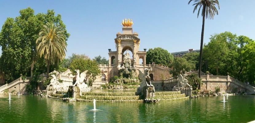 Arte cultura 10 for Parques y jardines de barcelona