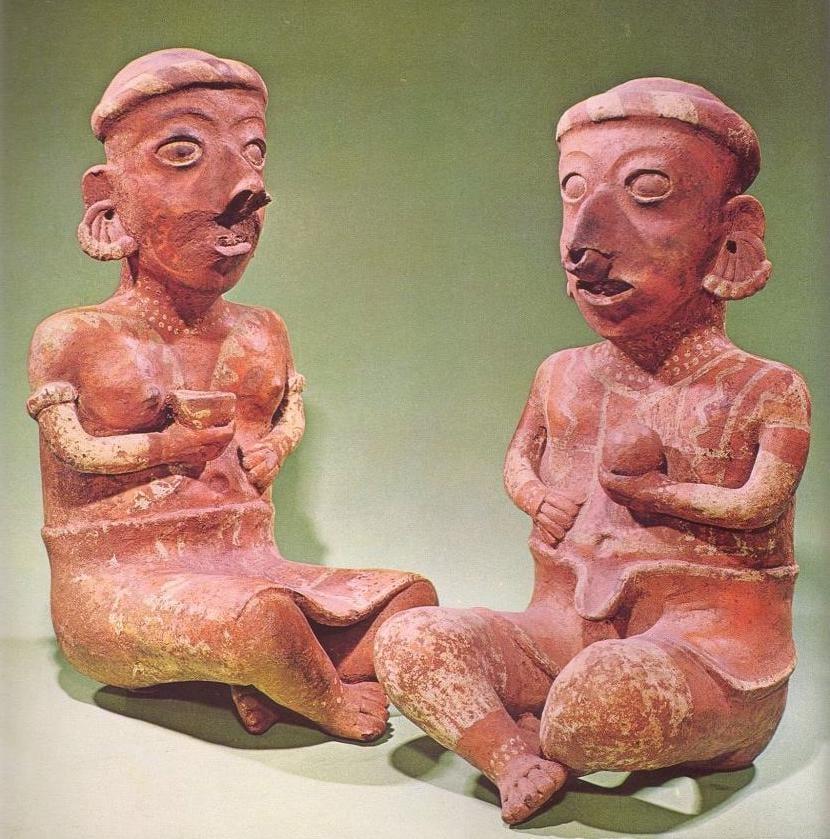 pareja de mayas con la nariz perforada